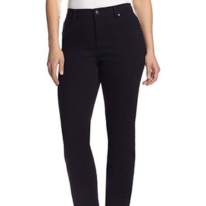 Gloria Vanderbilt 18W black Amanda denim jeans
